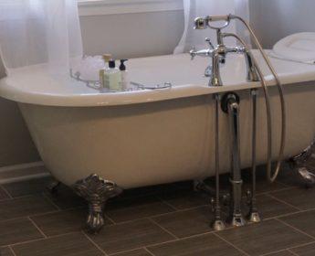 Telephone Tub Bathroom Contractors - Chicago Suburbs