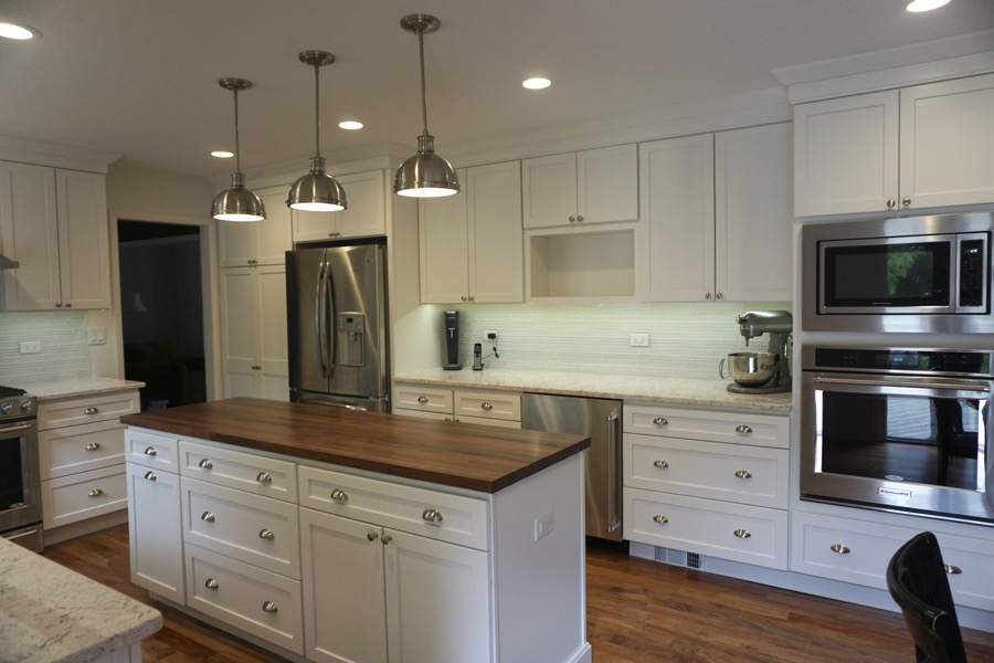 Kitchen remodeling company beautiful renovations for Remodeling contractors chicago