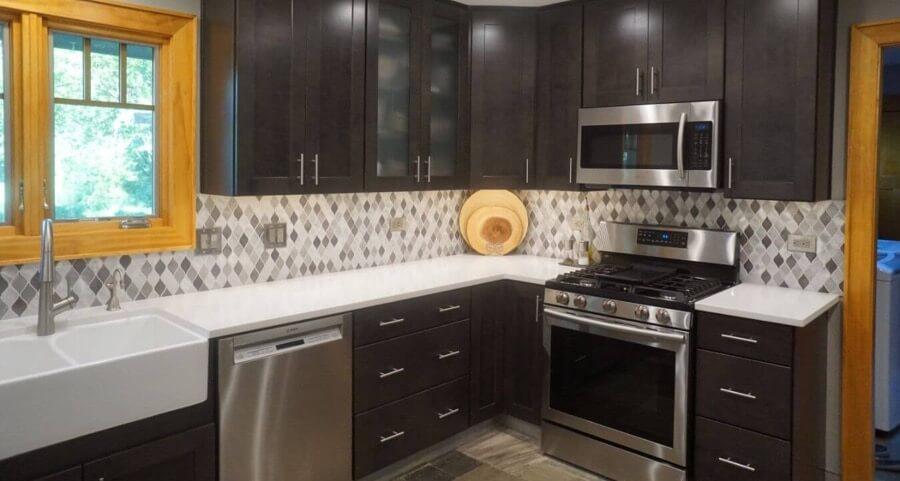 Kitchen Backsplash Tile Installation 3a